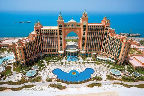 Blick auf den imposanten Atlantis-Komplex in Dubai