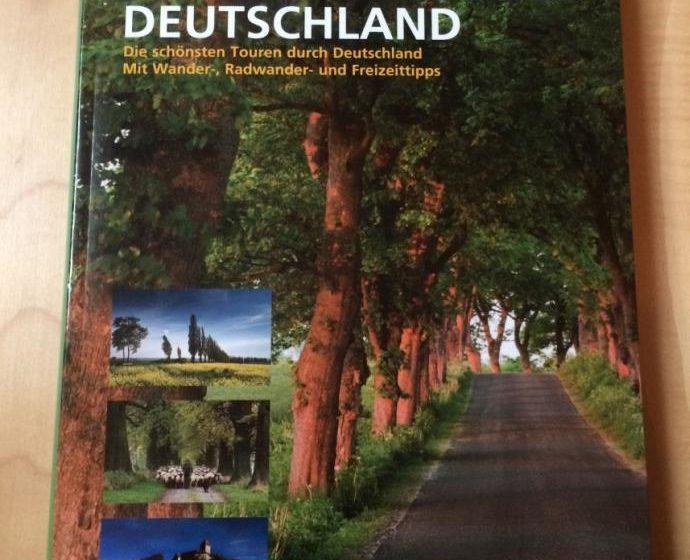 Buchcover - KUNTH Das Große Autowanderbuch Deutschland