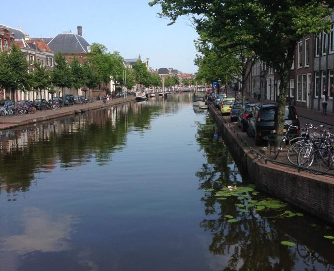 Wasserkanal in Leiden - Niederlande