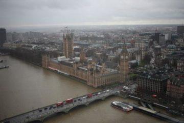 London von oben - auch bei Nieselwetter imposant