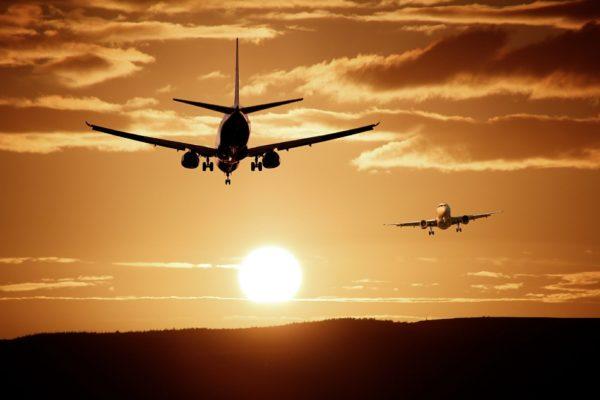 reisekissen flugzeug