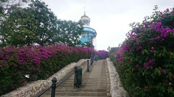 Leuchtturm von Las Peñas, 444 (nummerierte) Stufen bis zur Aussichtsplattform